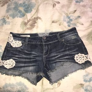 Size 9 gently used jean shorts